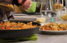 Паэлья с морепродуктами. Салат из морепродуктов с картофелем
